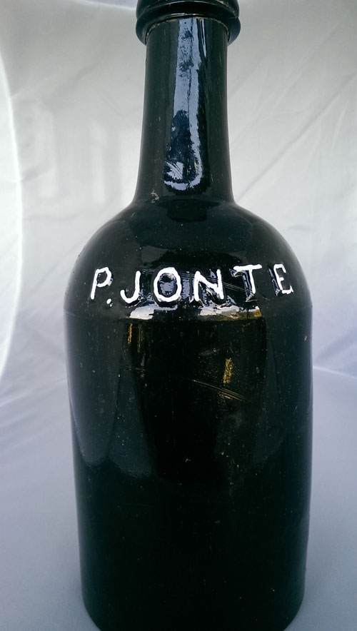 Petere-Jonte-brewery-bottle